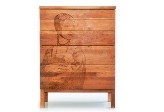 SOLID Chest of drawers, pear with laser engraving
